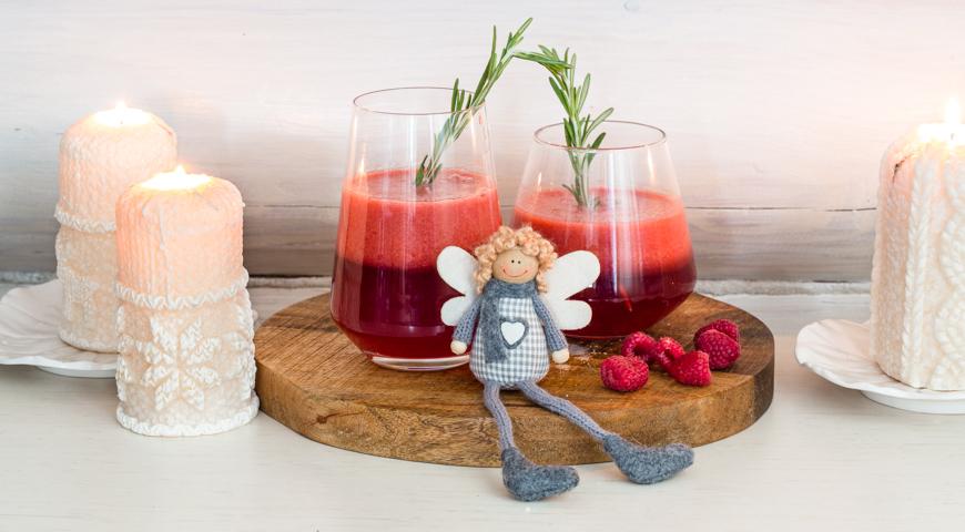 Raspberry tea with rosemary