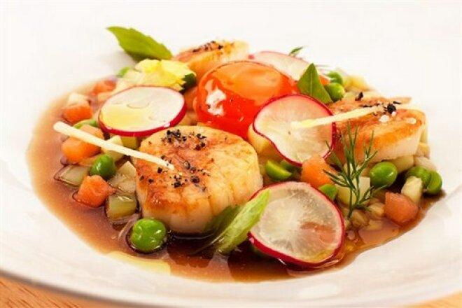 Okroshka with salmon and scallops