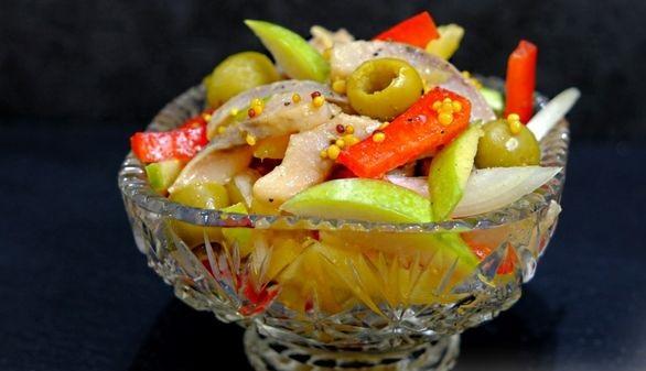 Herring, potato and bell pepper salad