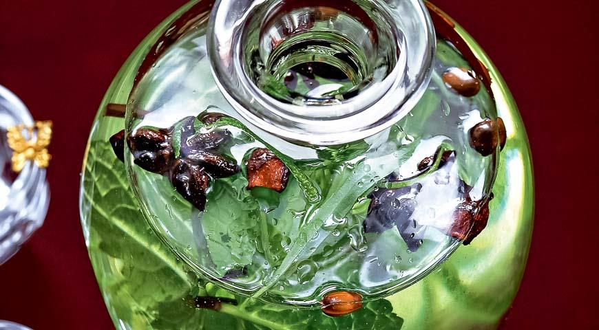 Tincture with herbs and citrus