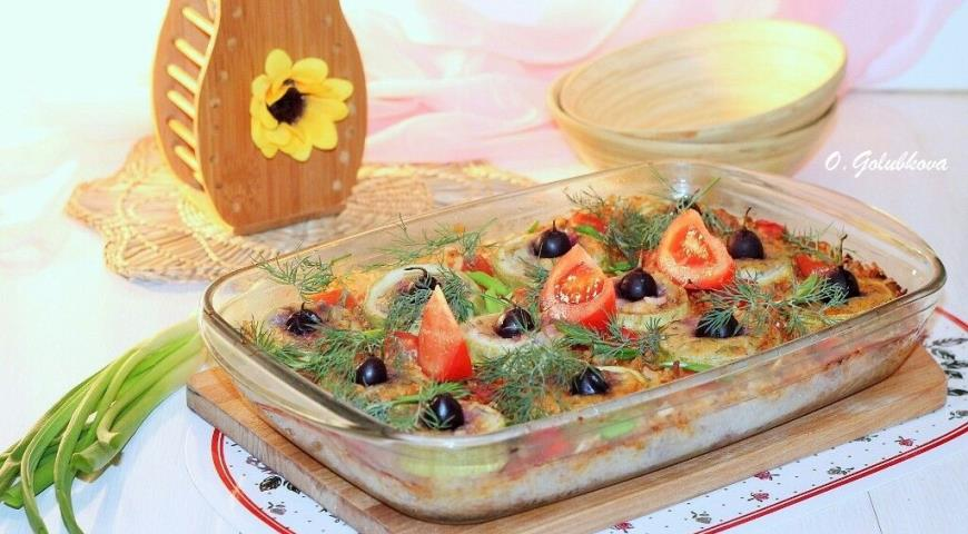 Stuffed zucchini with grapes