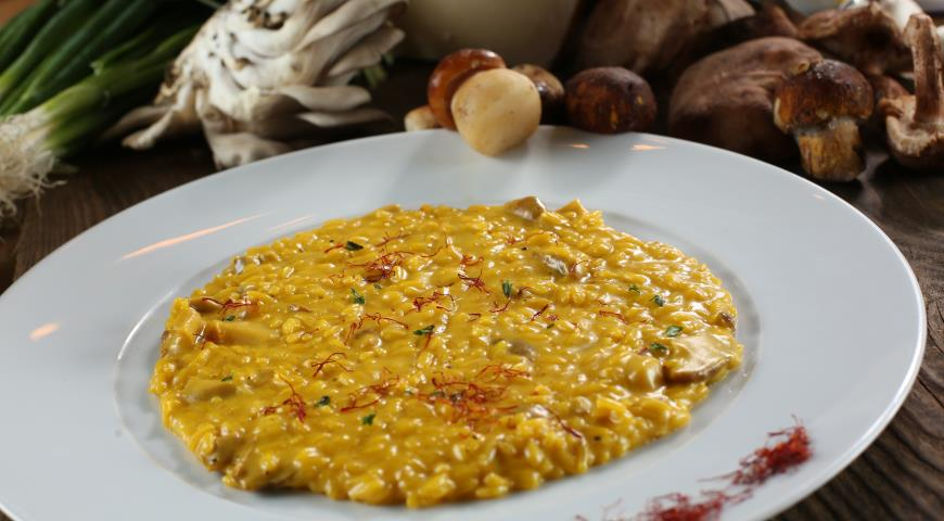 Risotto with porcini mushrooms 3