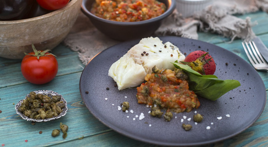 Steamed Murmansk cod with spinach and pickled tomato