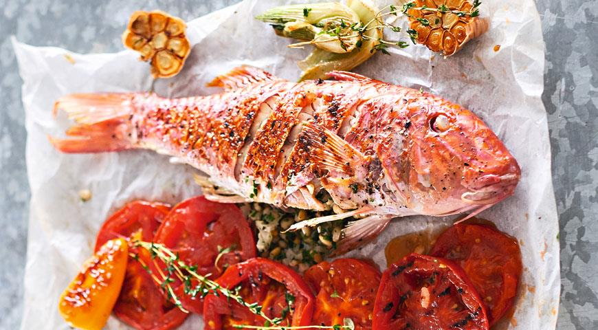 Red mullet stuffed with pine nuts