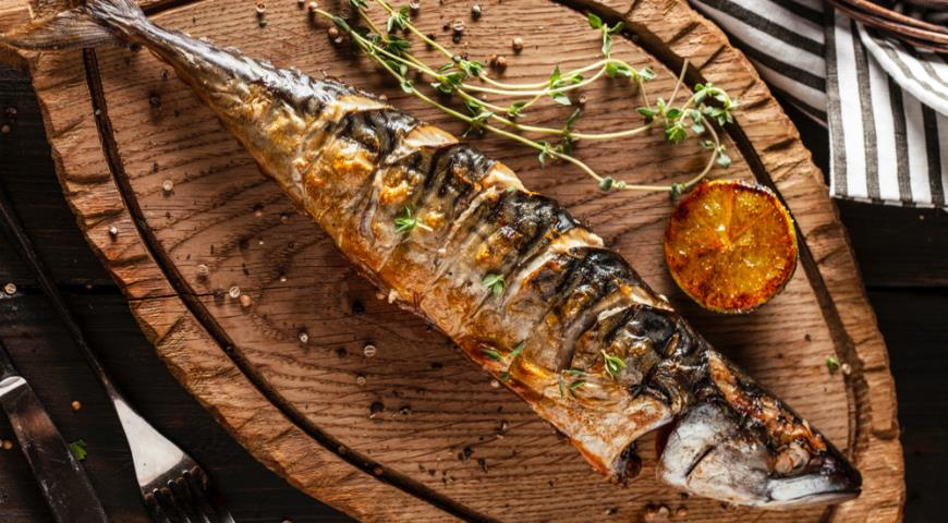 Charcoal grilled mackerel