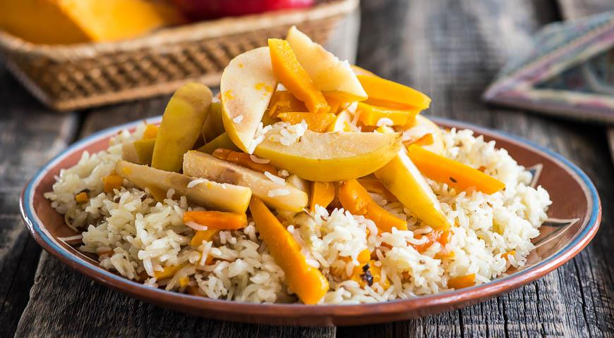 Pilaf with pumpkin and quince 1