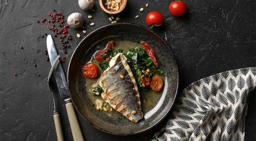 Healthy Dorada Fillet with Spinach