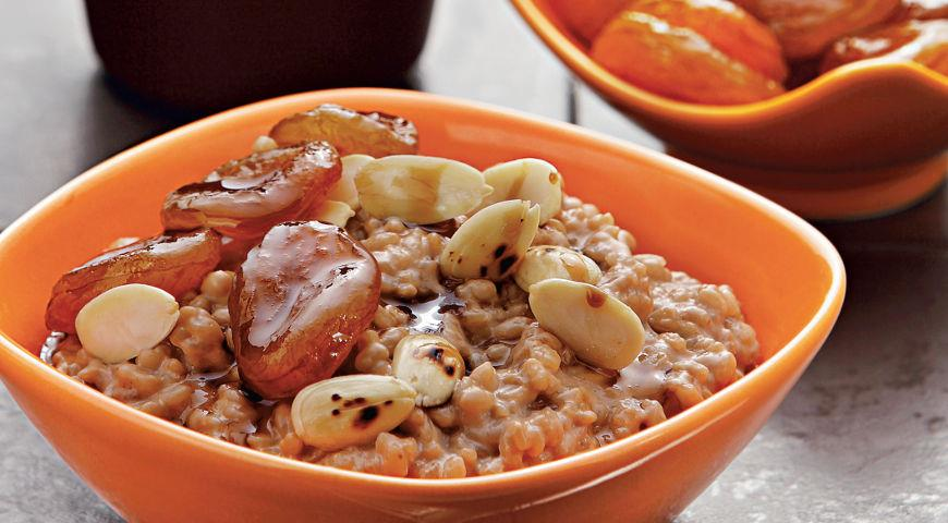 Risotto with chocolate and caramelized dried apricots