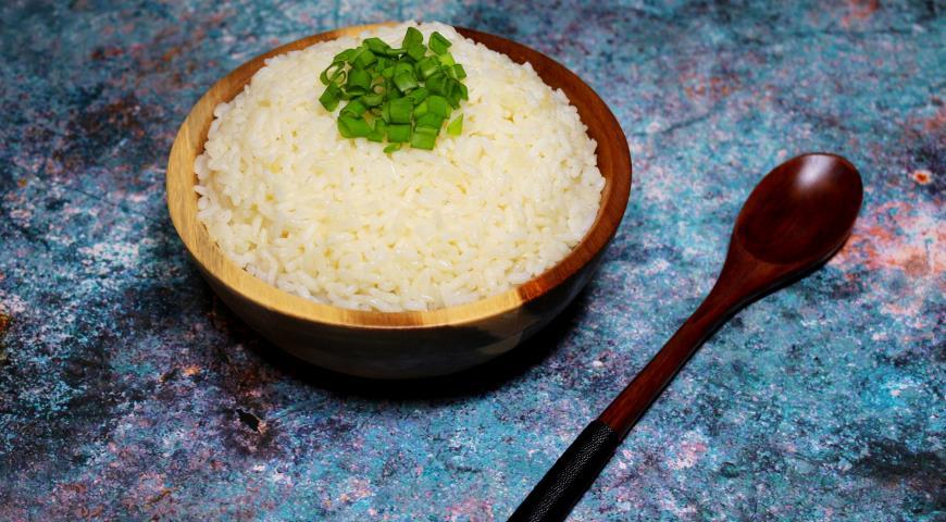 Long grain steamed rice