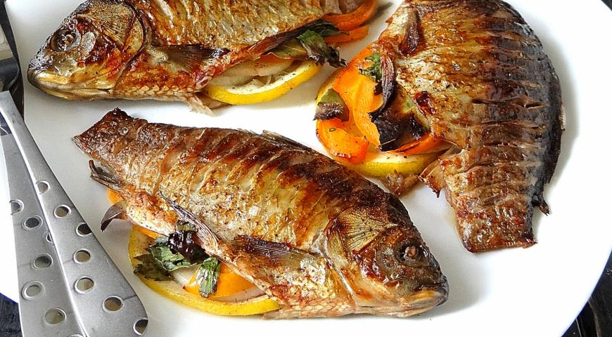 Grilled carp delicious