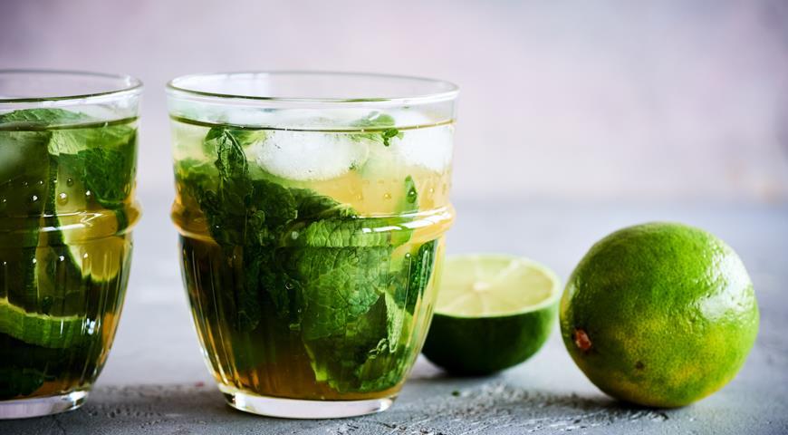 Mojito on green tea