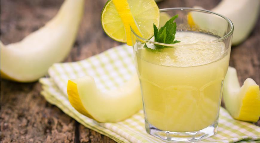 Melon Juice with Mint