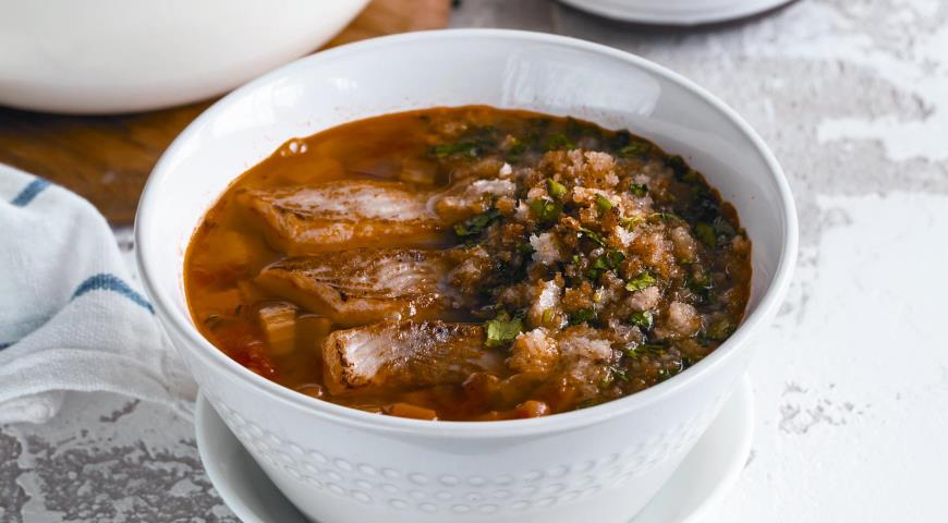 Bean soup with fish