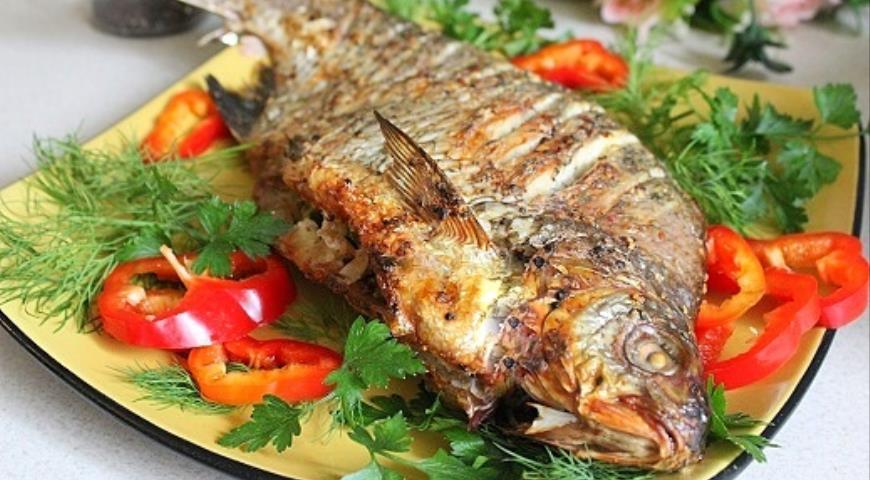 Bream stuffed with couscous