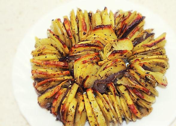 Oven baked crispy potatoes