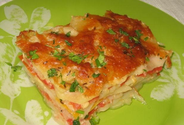Potato gratin with vegetables