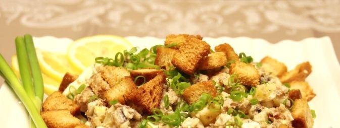 Potato salad with sprats