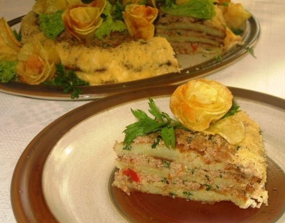 Potato cake with minced meat