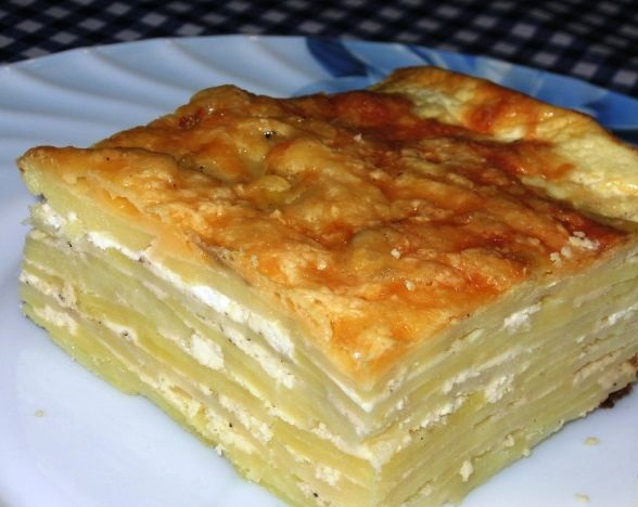 Potato casserole with cottage cheese