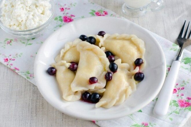 Unleavened Dough without Eggs for Dumplings