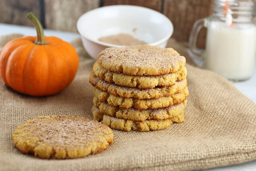 Pumpkin keto cookies