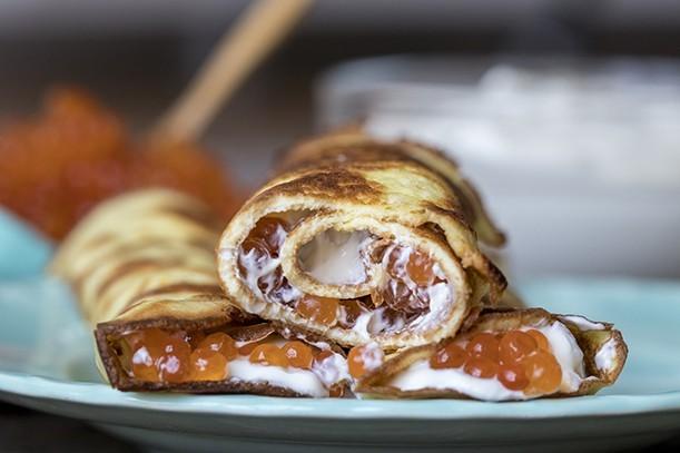 Keto pancakes with caviar (no flour)