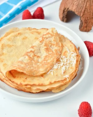Keto pancakes made from coconut flour