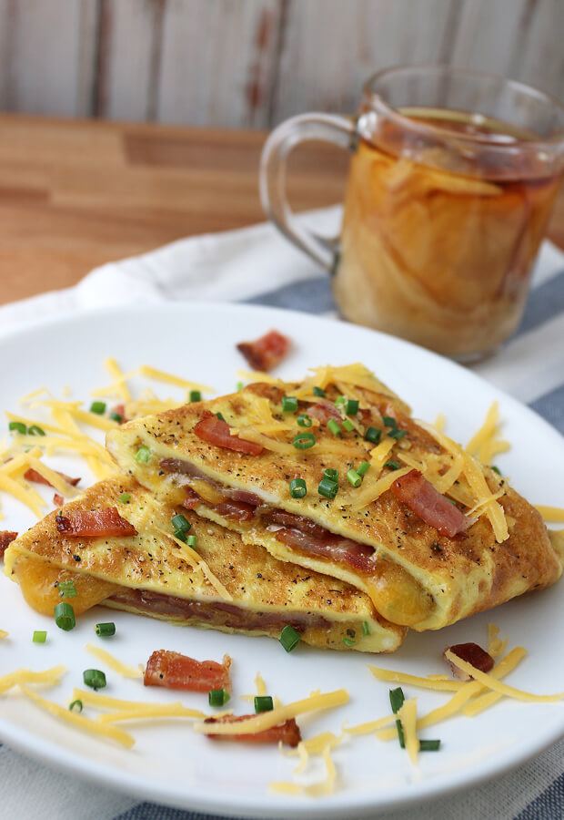 Keto omelet with bacon