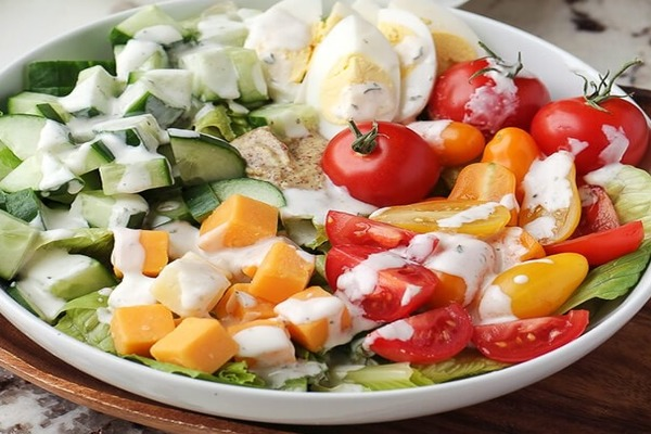 Vegetable keto salad with cheese and egg