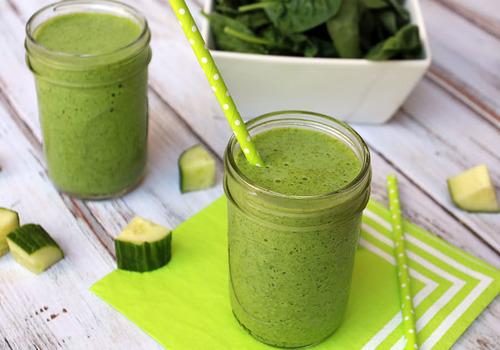 Cucumber and spinach green keto smoothie
