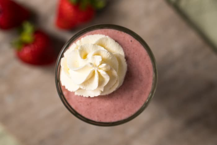 Keto smoothie with strawberries