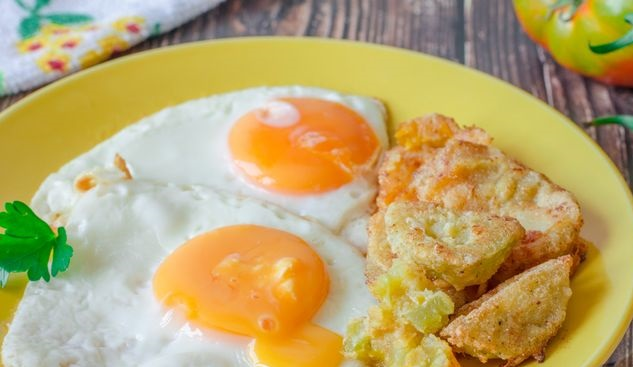 Fried eggs with fried green tomatoes