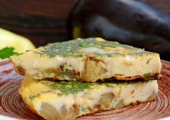 Eggplant and bell pepper omelet
