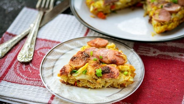 Omelet with cabbage and sausages