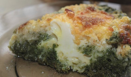 Eggs with spinach in a creamy sauce