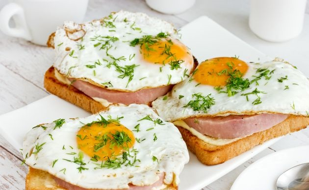 Ham and fried egg sandwiches