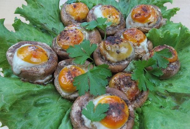 Mushrooms stuffed with quail eggs