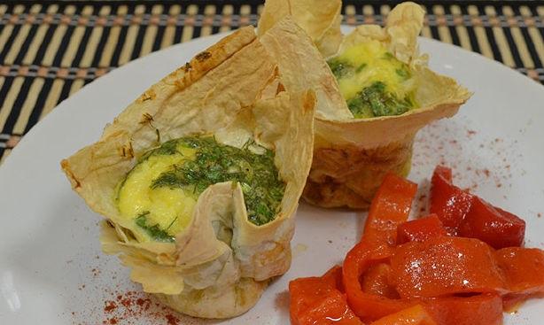 Eggs in pita bread