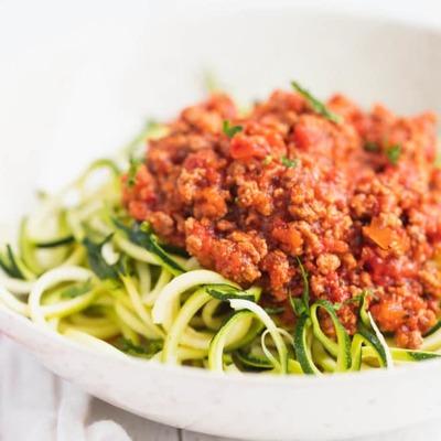 Keto bolognese sauce with vegetable spaghetti