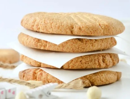 Almond keto peanut butter cookies
