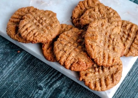 Almond butter keto cookies