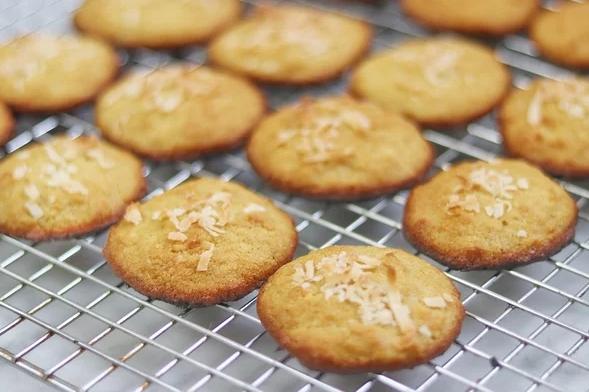 Coconut flour keto cookies