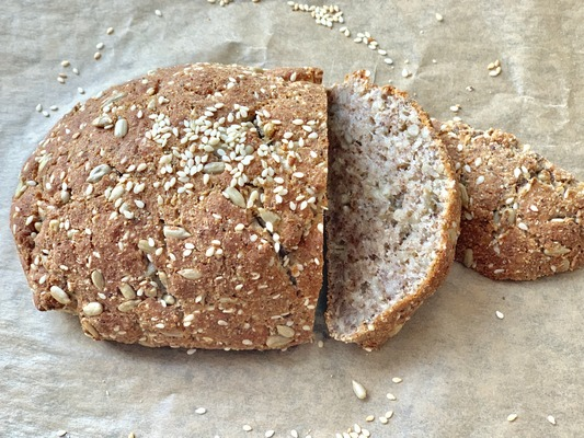 Keto bread without eggs made from almond and coconut flour