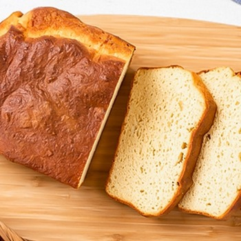 Keto bread with yeast