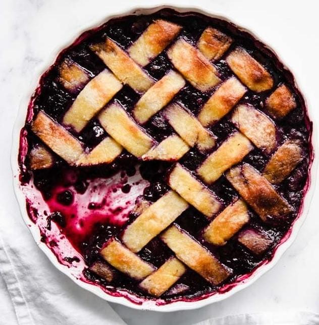 Berry keto pie