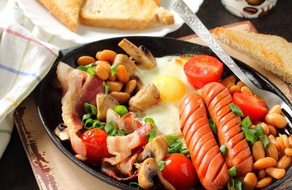 Breakfast in English style