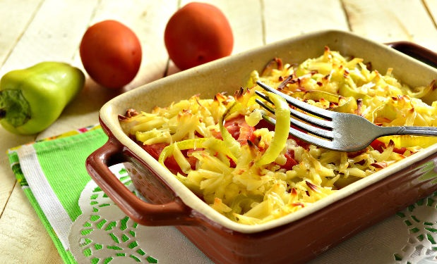 Casserole with fresh bell pepper and potatoes