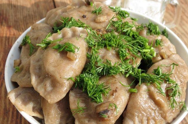 Buckwheat dumplings with potatoes and mushrooms
