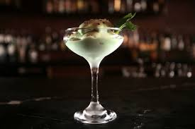Refreshing mint cocktail with ice cream