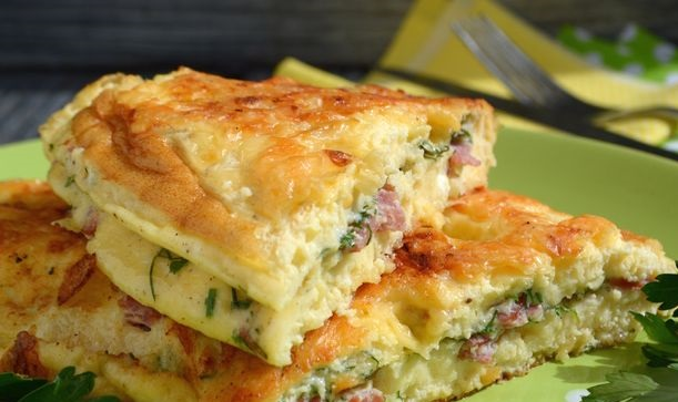 Omelet with grilled cheese and sausage